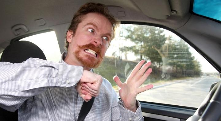 Estrés al volante, el copiloto más odioso